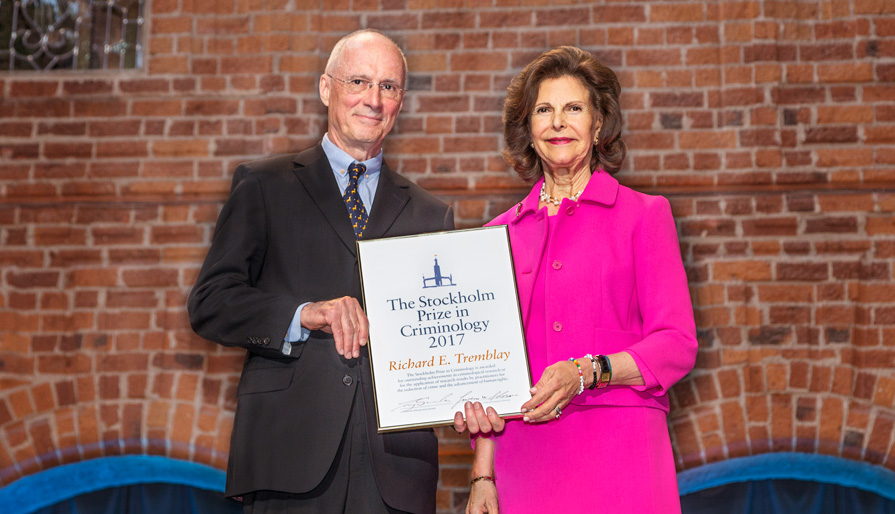 Richard Tremblay, prize winner 2017 and Queen Silvia.